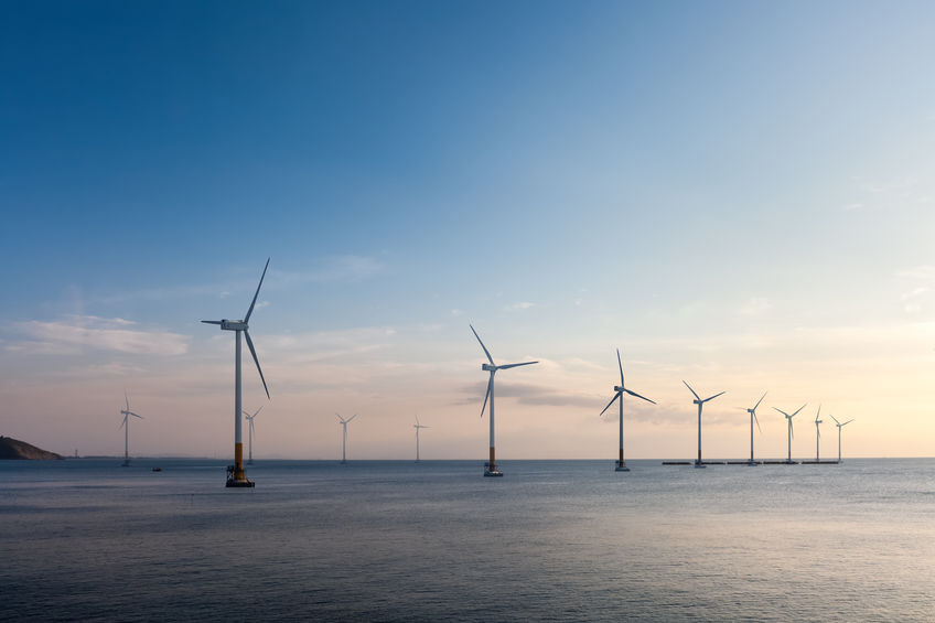 Renewable Energy | water- and wind turbines
